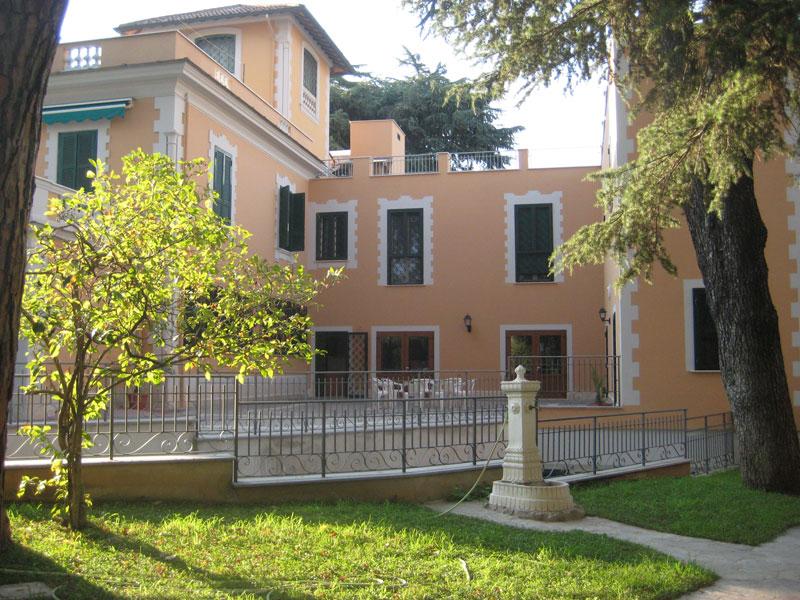 Casa Mater Dei